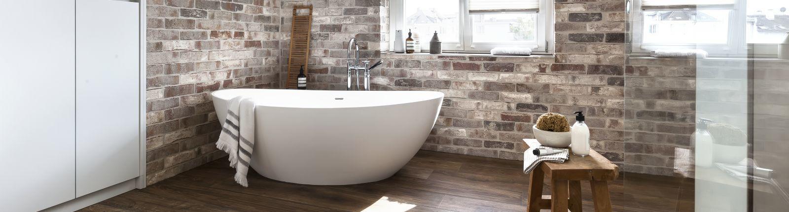 badezimmer altbau, referenzen/badezimmer-mit-altbau-charme | kirchgässner, Badezimmer